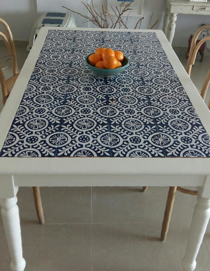 Table top with Tiles